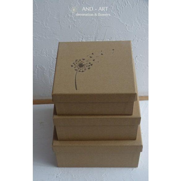 Papír doboz egyedi mintával.