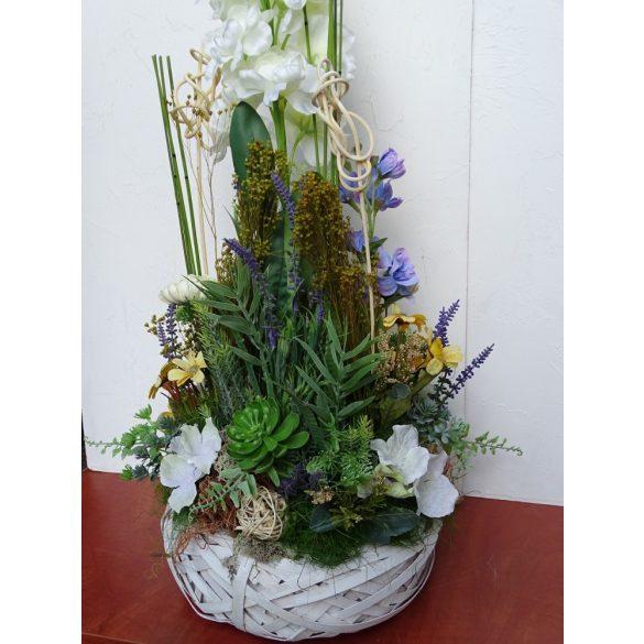 Nyári mezőn, virág dekoráció.Egyedi kérésre.
