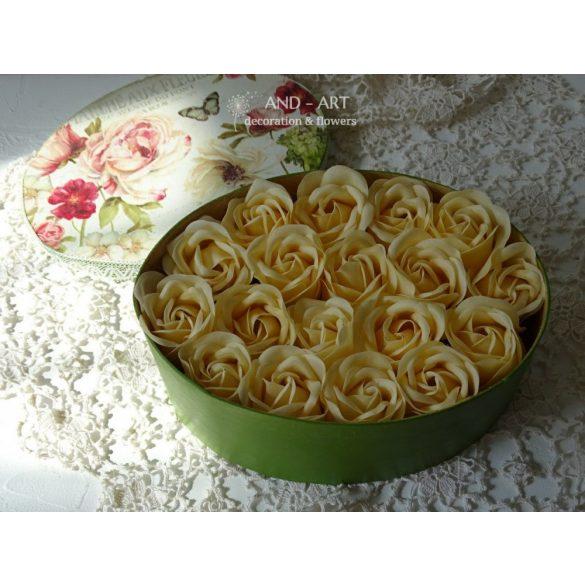Illatos rózsa-egyedi virágdobozban.