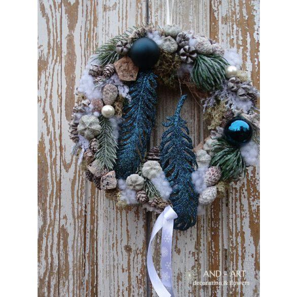 Csillogó-türkizkék karácsonyi ajtódísz.