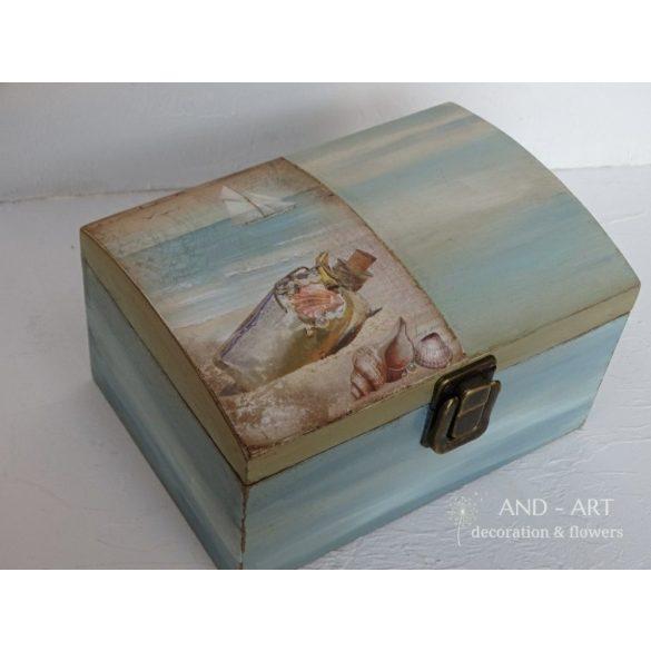 Emlékdoboz fiúknak, gyerekszobai tároló doboz.
