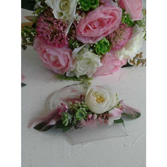 Fehér- rózsaszín hajfésű. Esküvői hajdísz.