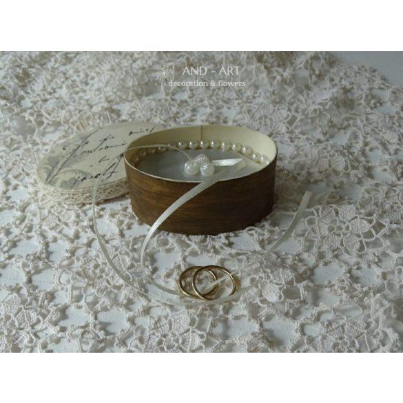 Vintage hatású gyűrűtartó