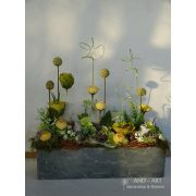 Modern tavaszi dekoráció, asztaldísz... And-art mód.