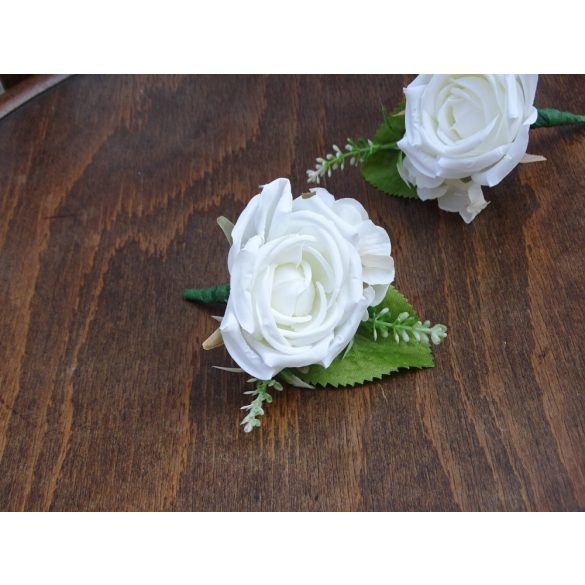 Wedding boutonniere for men, witness flowers needle