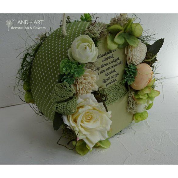 Zöld pöttyös táska csokor selyemvirágokkal ballagásra.